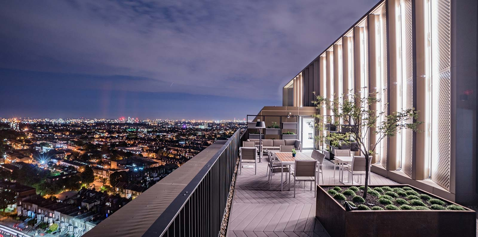Home matiky architects london for 24543 vantage point terrace